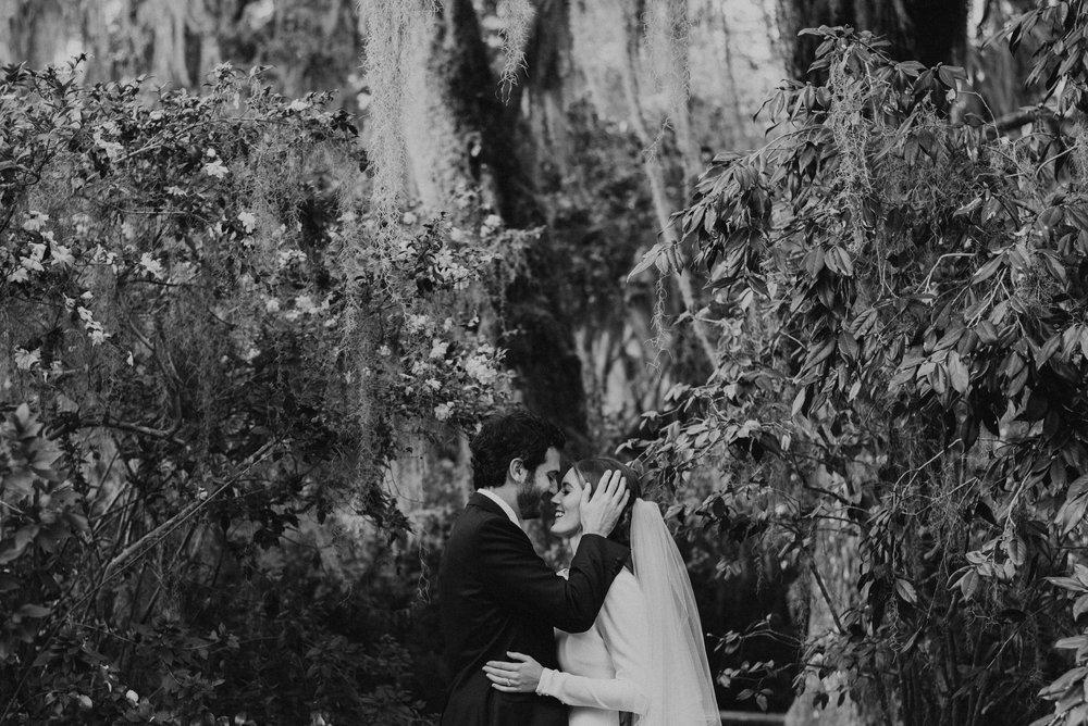 Charlestonweddingphotographer-25.jpg