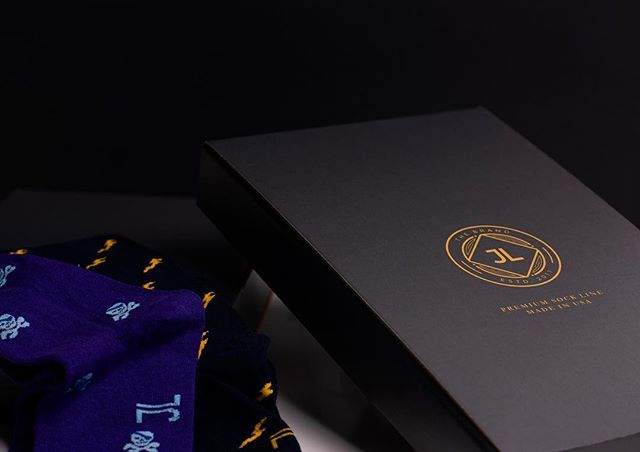 Last minute shoppers we have got you covered with Guaranteed Christmas delivery!! #stockingstuffers #jlthebrand #socks #holidayshopping #lastminutegifts #giftsforhim #christmasseason