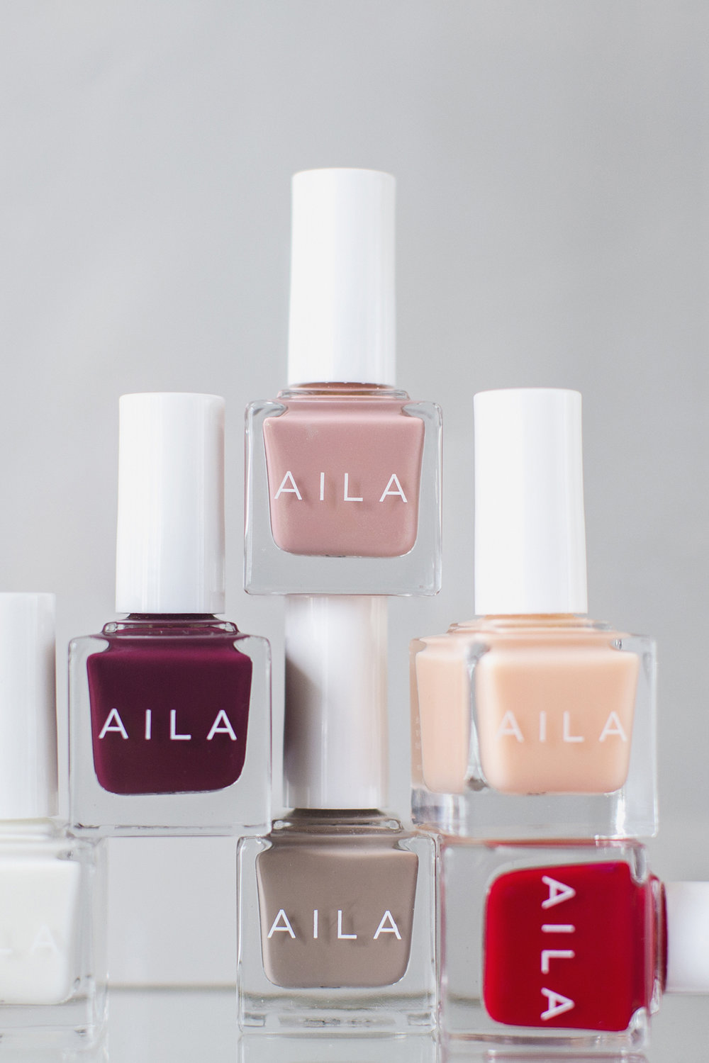 AILA Cosmetics Collection II |   Heidi Geldhauser