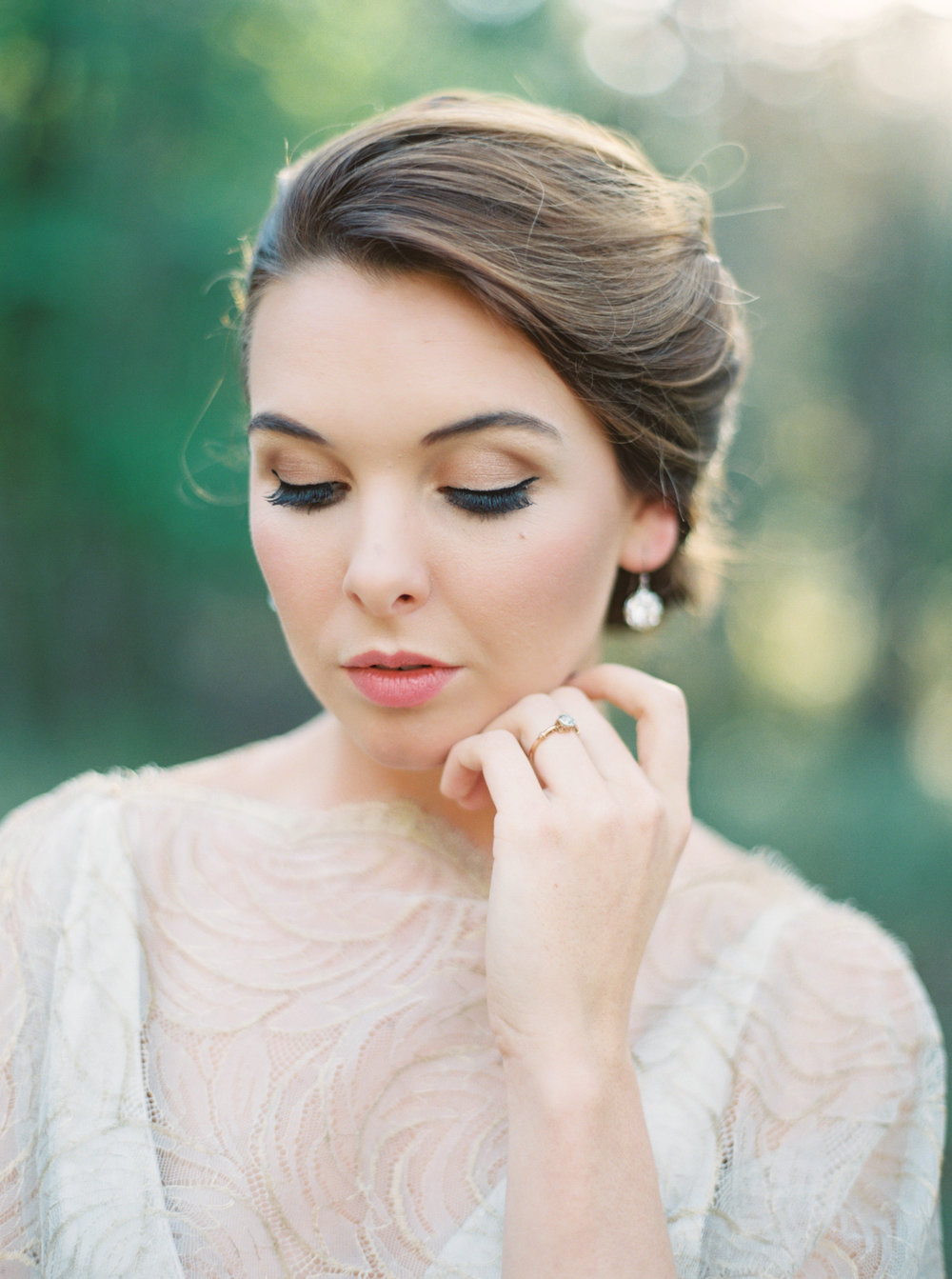 Flourish Bridal Session for Utterly Engaged |   Sawyer Baird