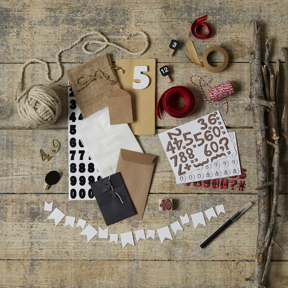 Rustic Advent Tree  for  Oshkosh B'Gosh |   Steve Pomberg