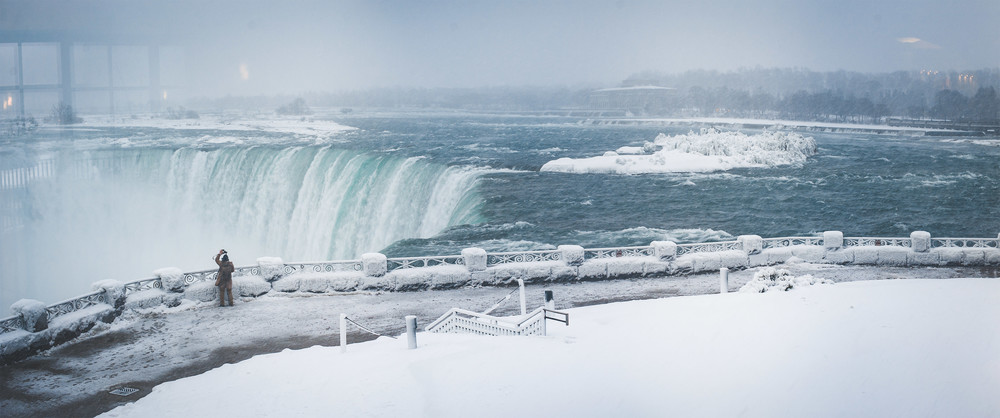 Working on a project during a snowstorm in Niagara Falls, Canada | 2015
