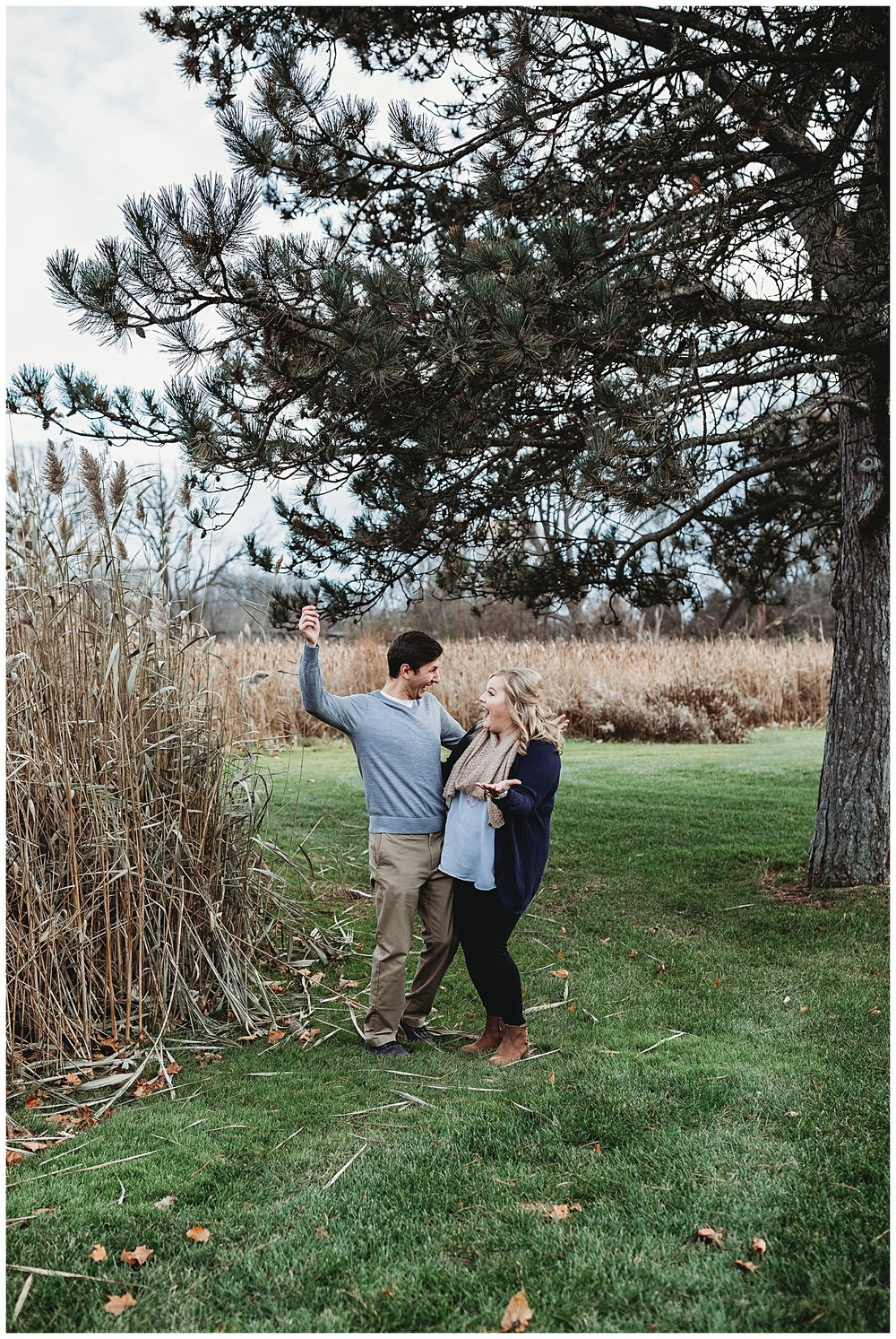 Belle Isle Park Detroit Michigan Engagement Photos_1106.jpg
