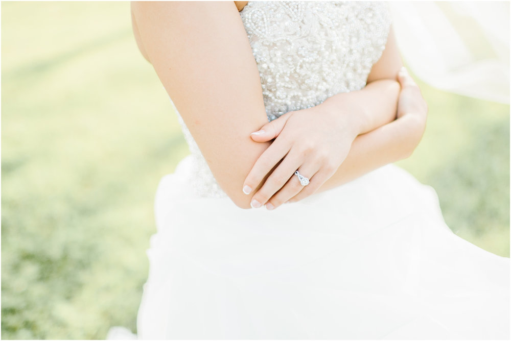 Natural_bridals_Grassy_field-2.jpg
