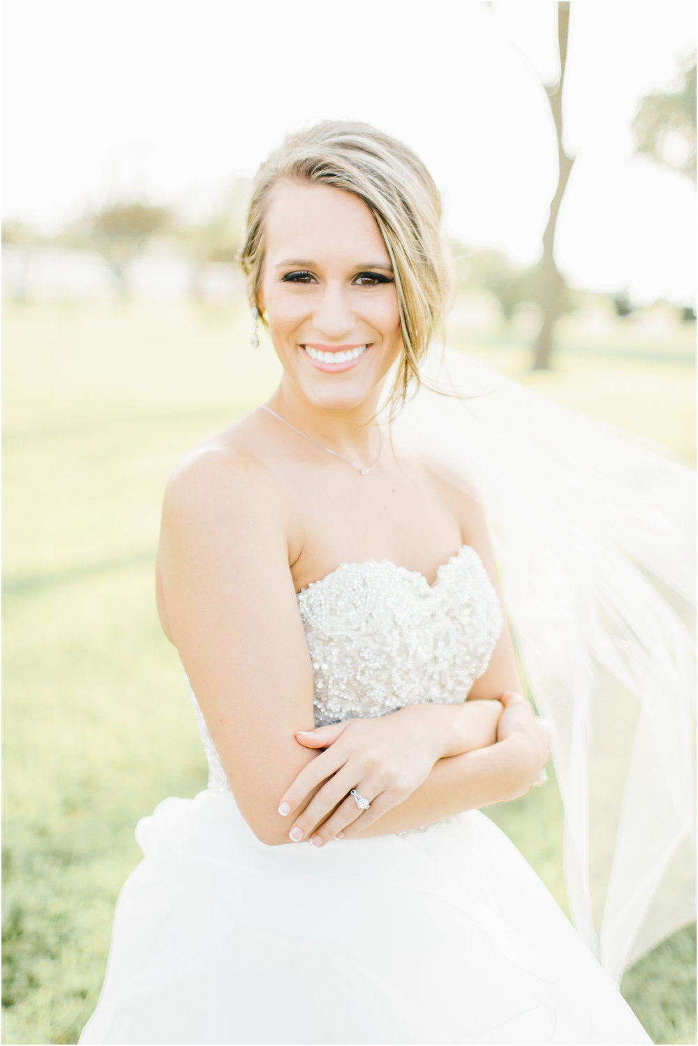 Natural_bridals_Grassy_field-3.jpg