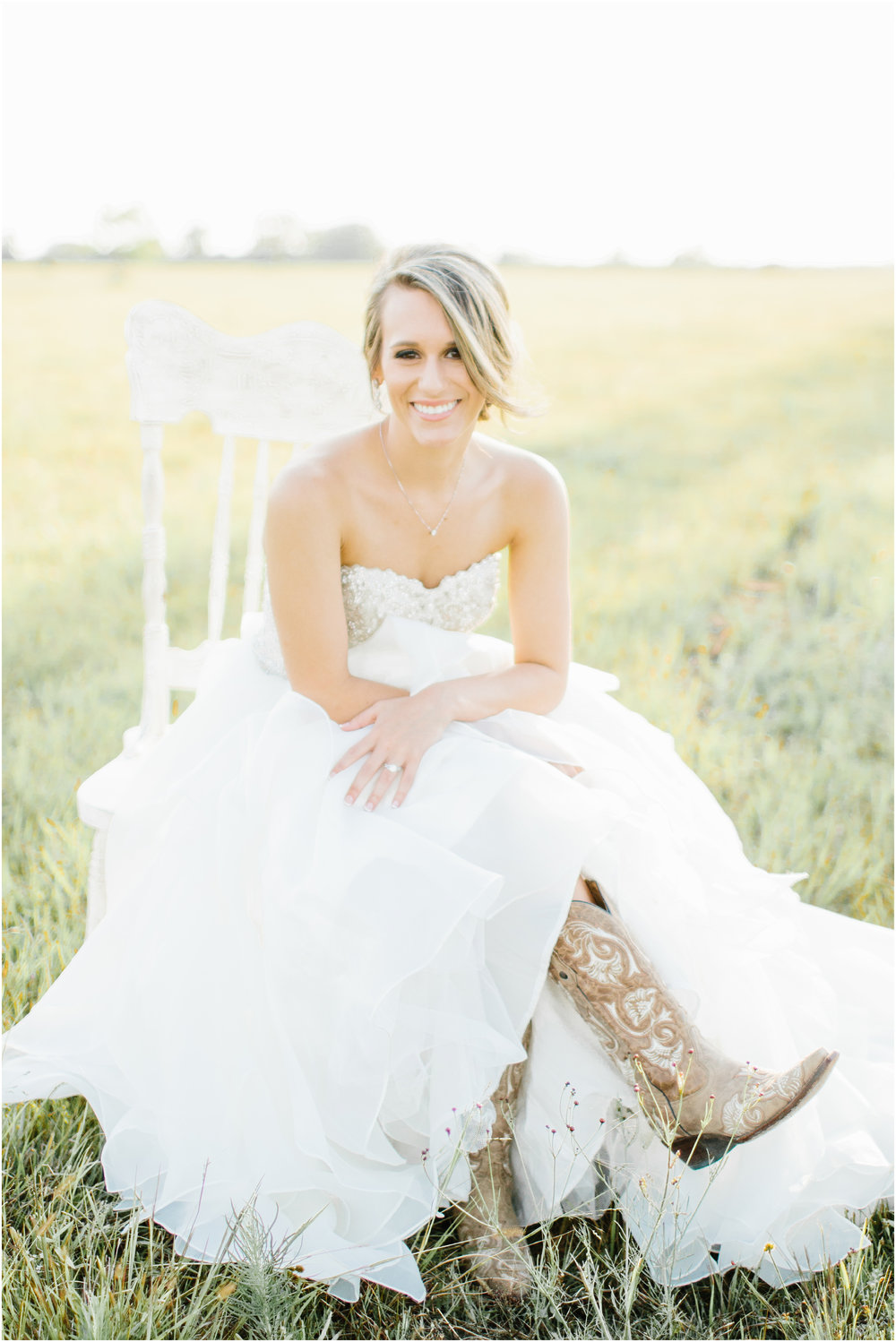 Natural_bridals_Grassy_field-9.jpg
