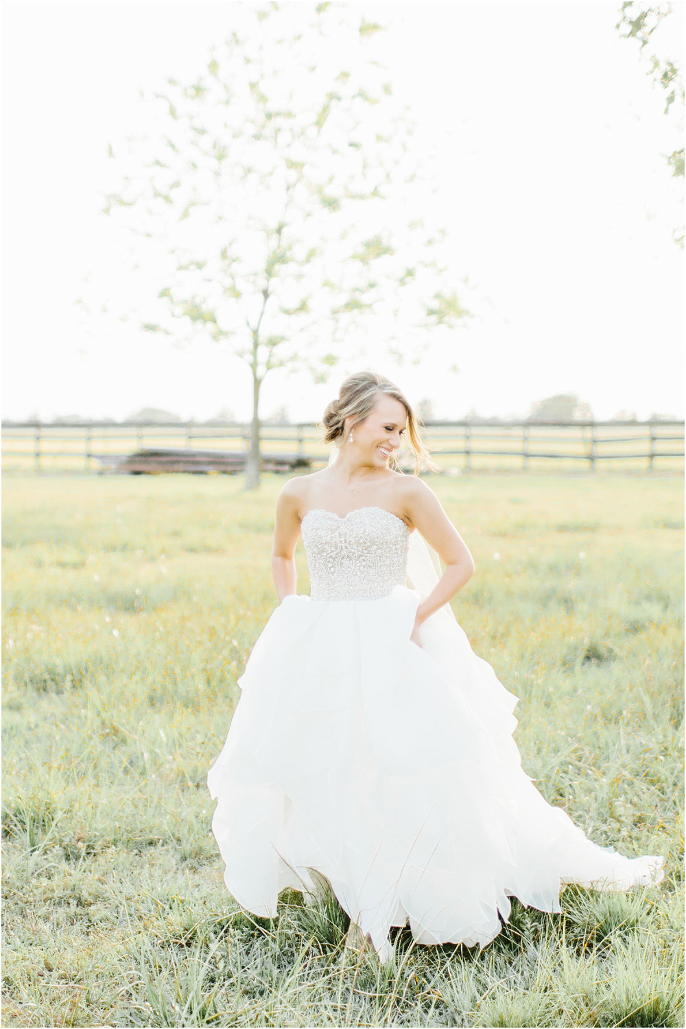Natural_bridals_Grassy_field-11.jpg