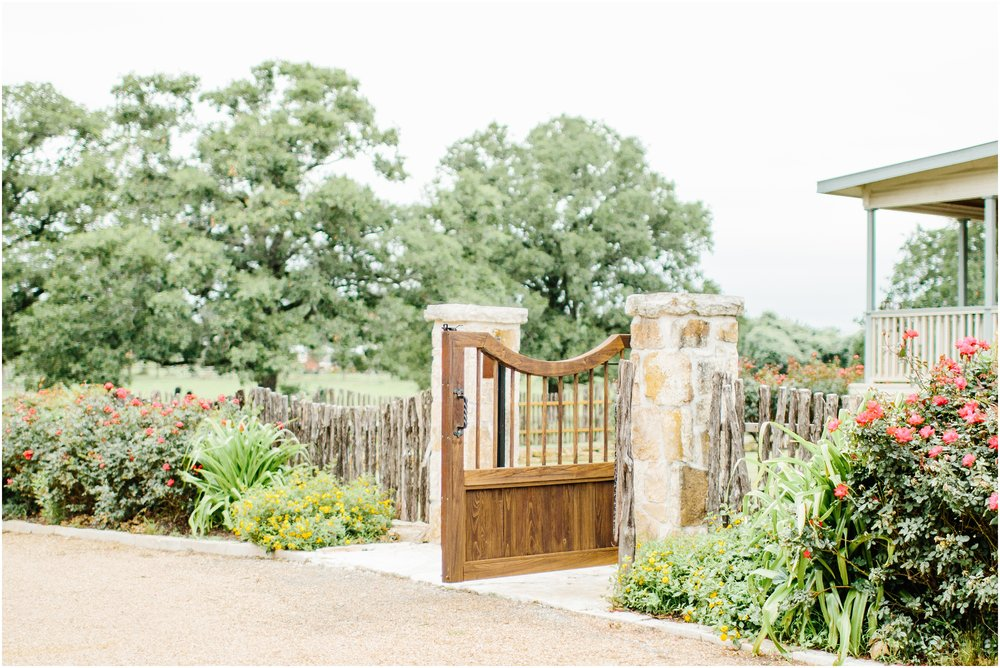 blush_rock_lake_ranch_spring_college_station_wedding_0224.jpg