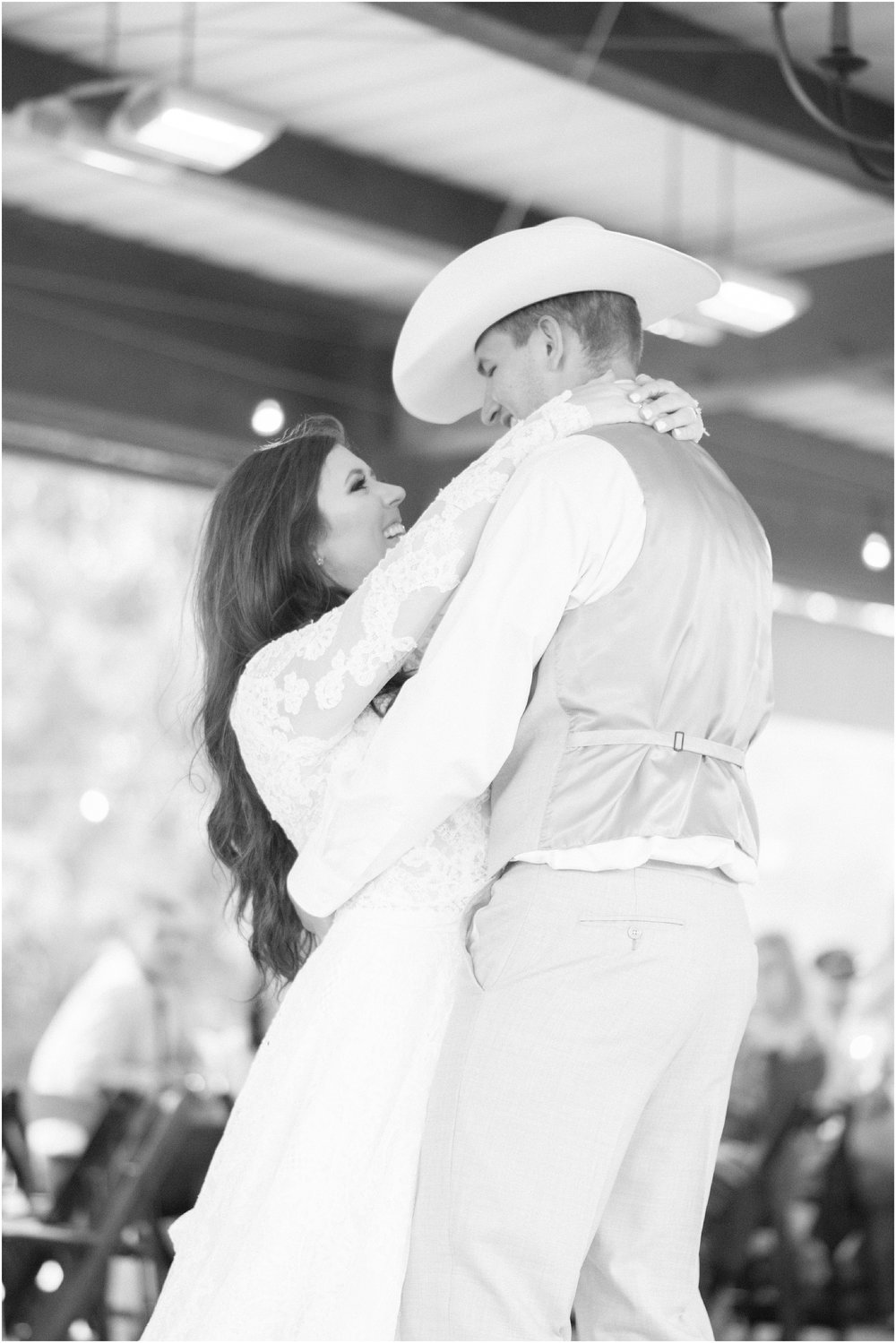 blush_rock_lake_ranch_spring_college_station_wedding_0280.jpg