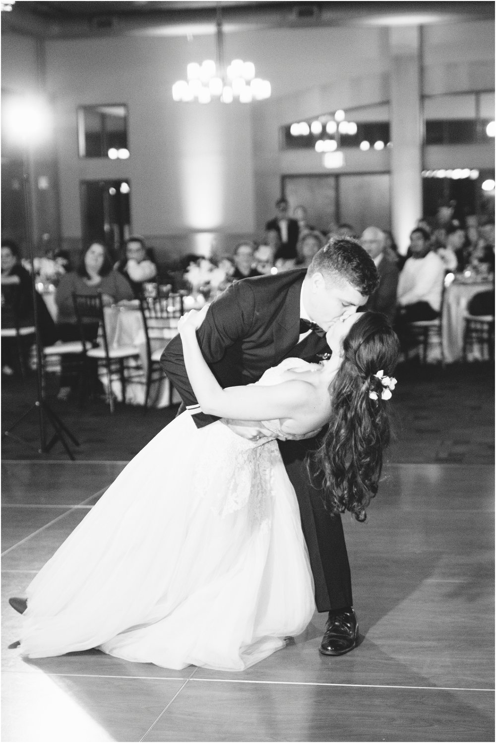 San_Antonio_Cana_Ballroom_Wedding_0423.jpg