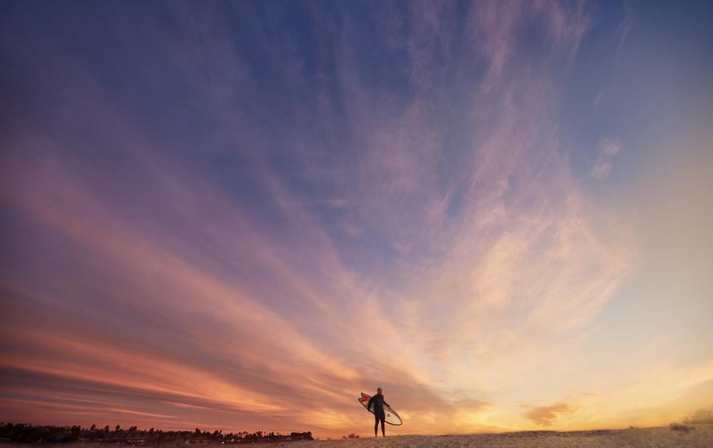 Surfer_susnetbackfdrop.jpg