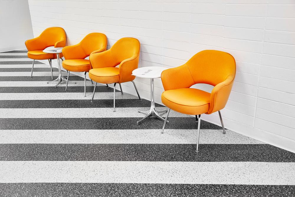 organe-chairs.jpg