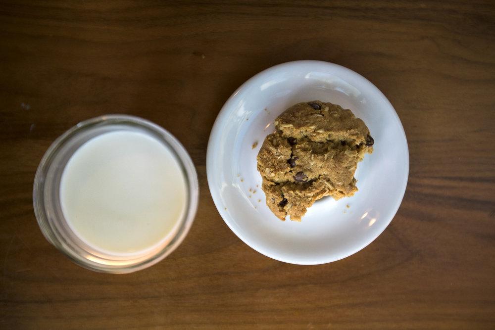 milk-and-cookies-scheffer