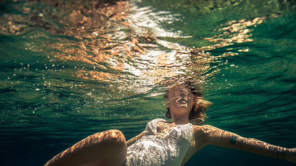 underwater-editorial-photographer
