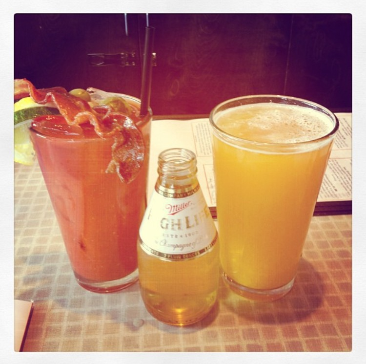 Comet Cafe. Bloody Mary and Beermosa.