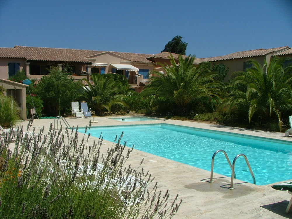 Petite Maison (2 Bed)...see more