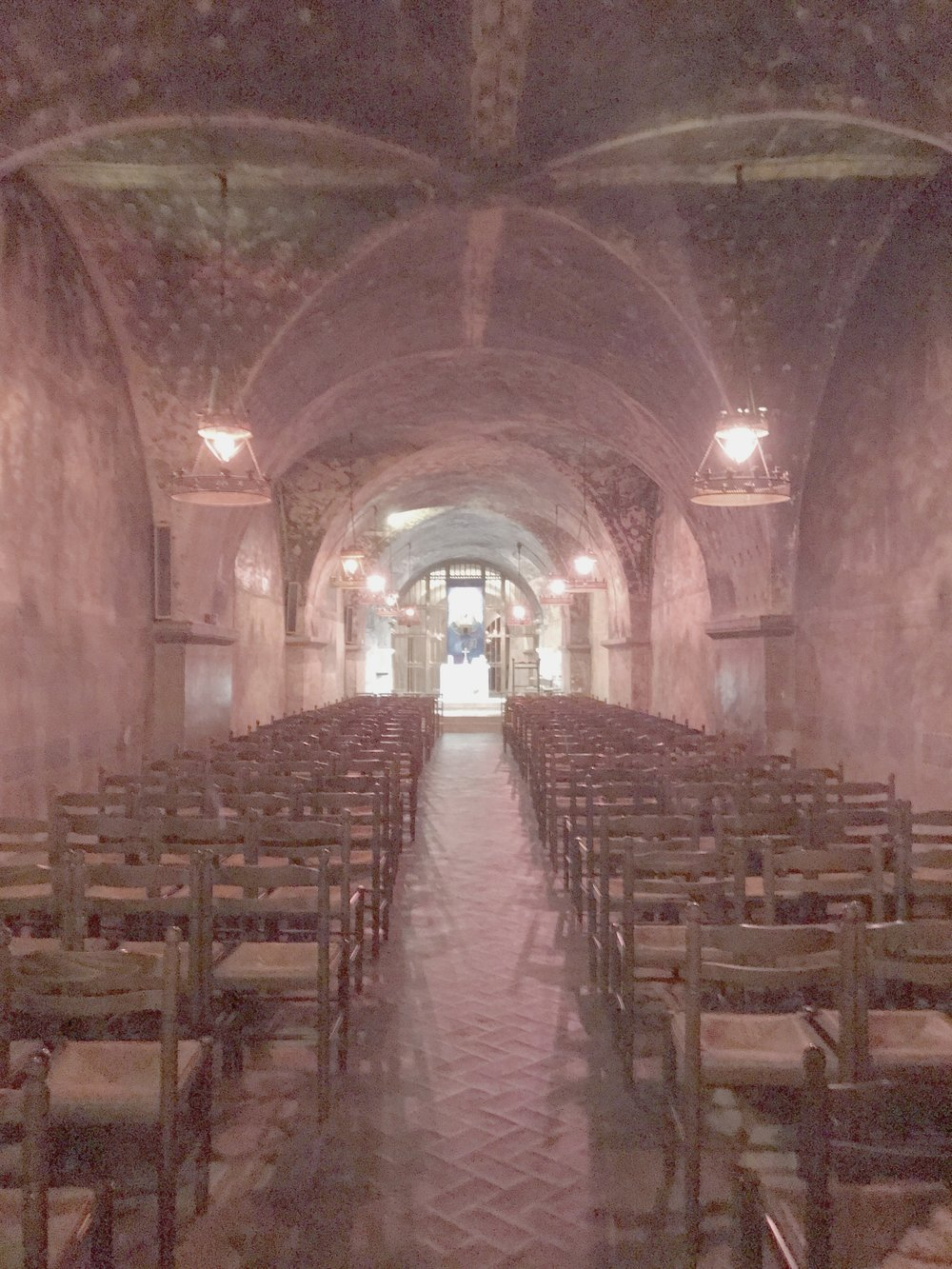 Chartres Crypt : Subterranean Chapel