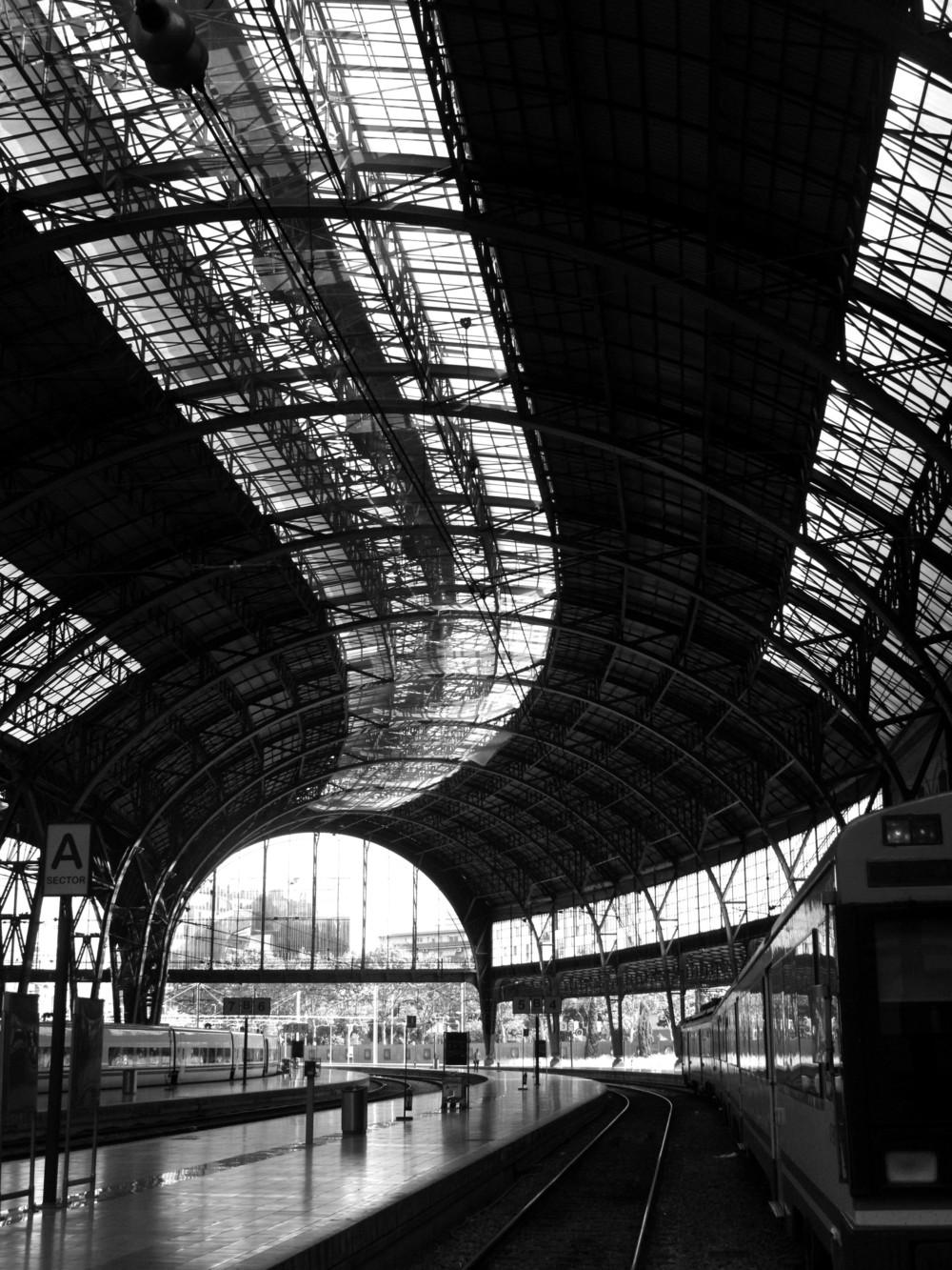barca_station.jpg