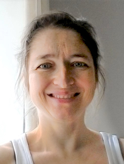yoga teacher paula piozzi