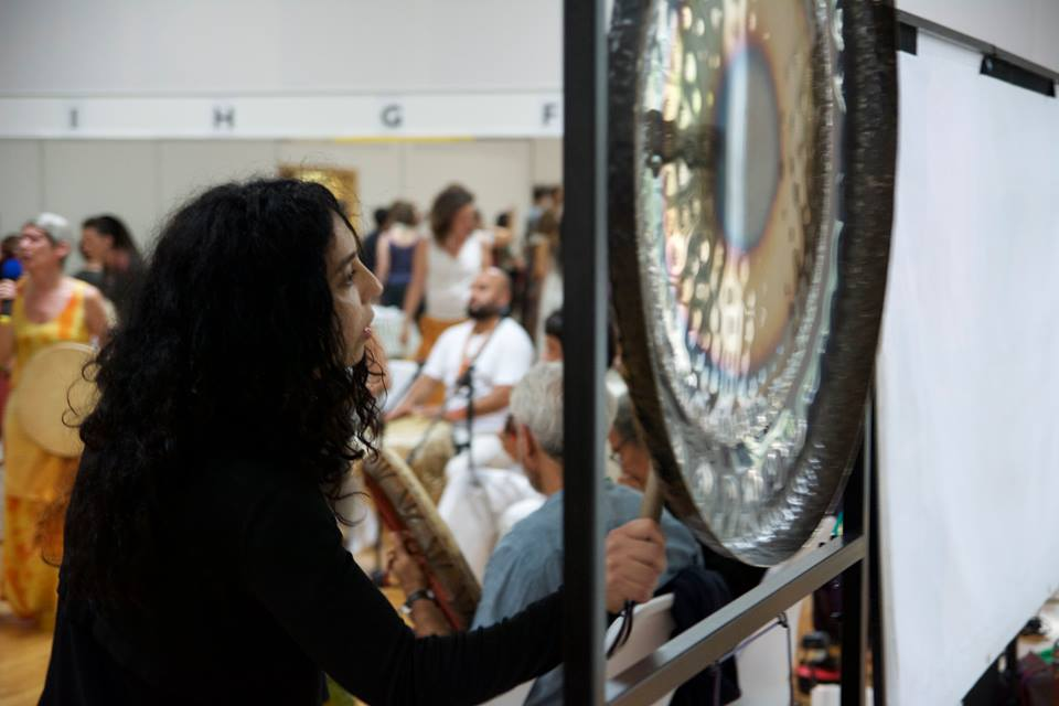 Working with the Gongs at a Terra Mirim Event