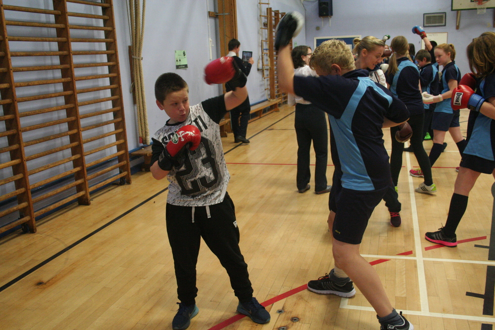 Boxing Club photo LW visit 001.JPG
