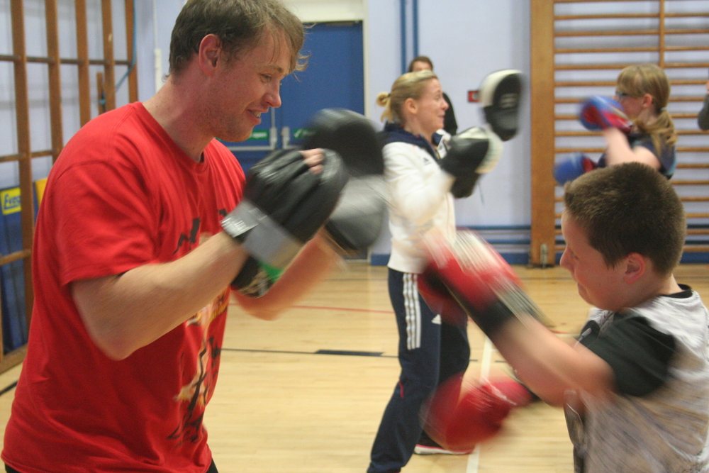 Boxing Club photo LW visit 037.JPG