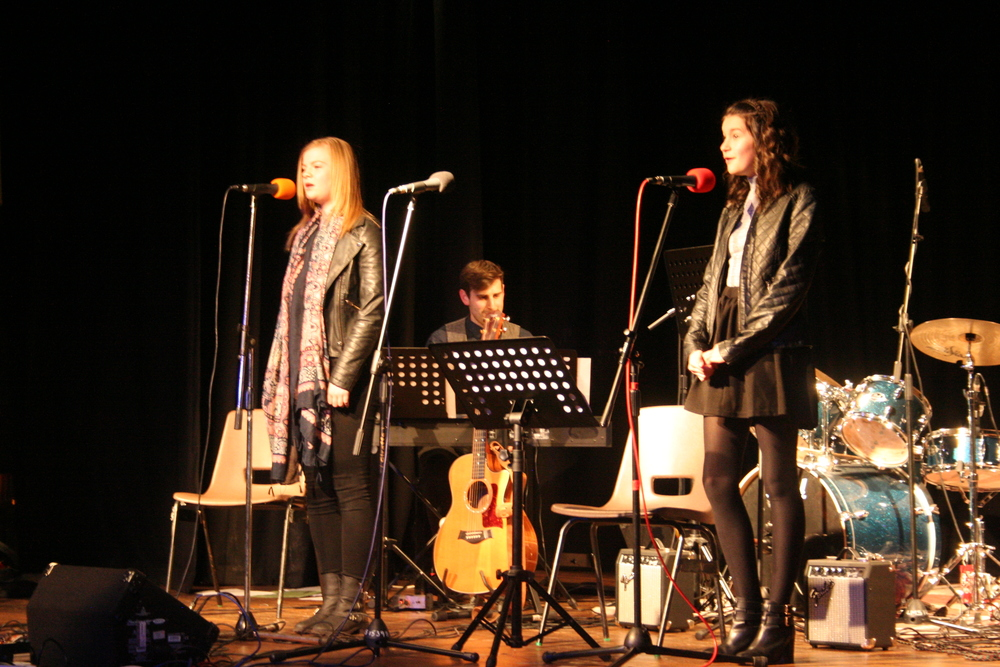 GCSE Performance Night 2015 082.JPG