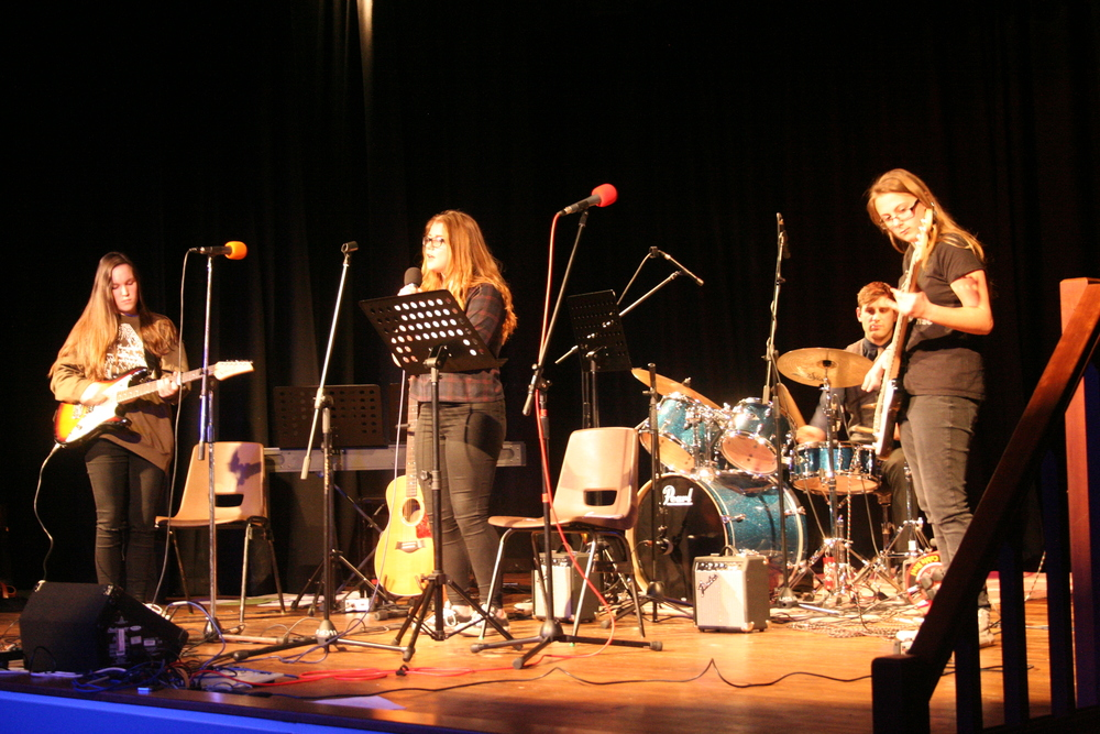 GCSE Performance Night 2015 097.JPG