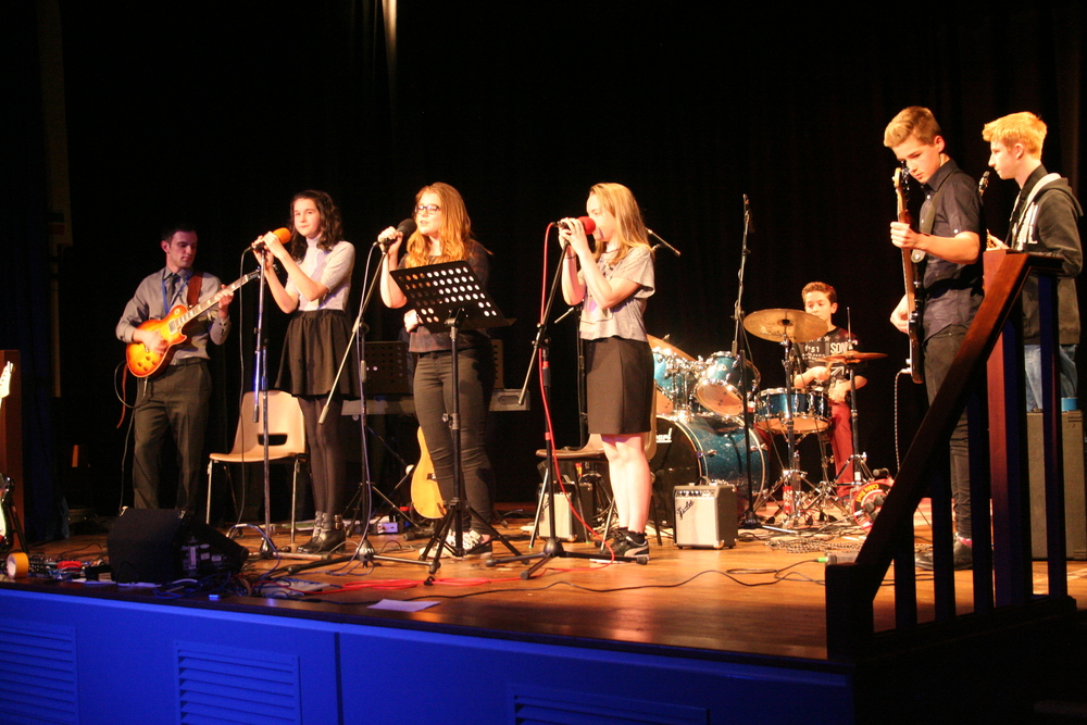 GCSE Performance Night 2015 115.JPG
