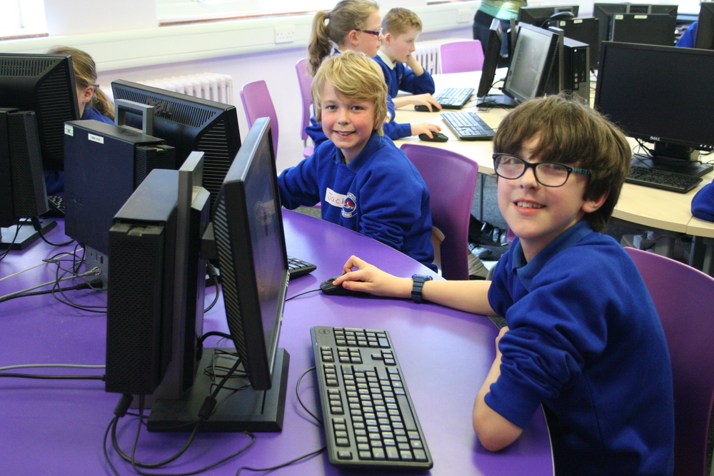 Adlington Primary ICT workshop 008.JPG