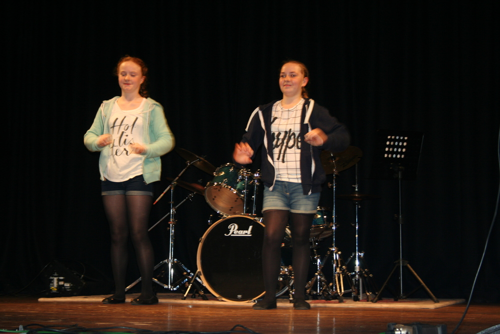 Year 7 have got talent 020.JPG