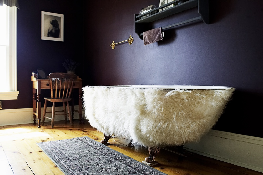 Lamb hide bath tub...