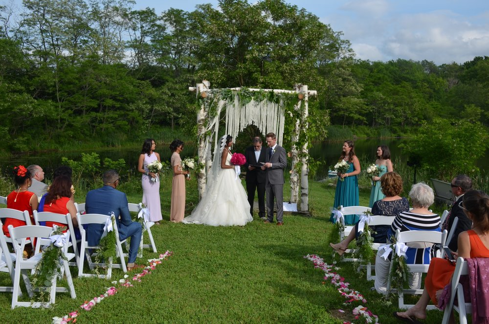Summer wedding at the farm
