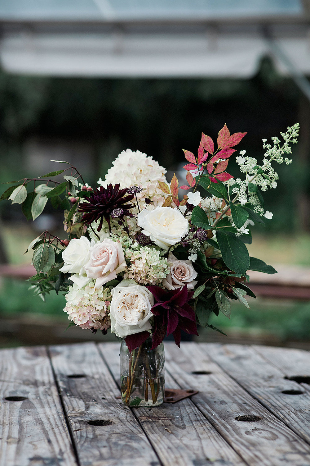 Match your bouquet to the local wildflowers