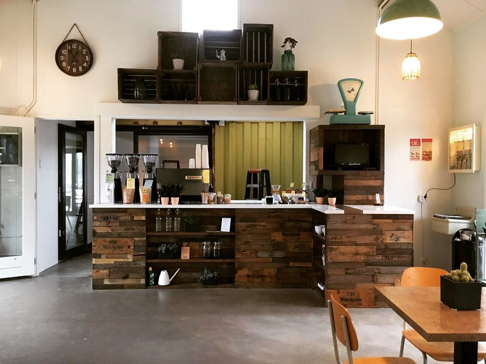 planq sustainable design reuse coffeebar.JPG