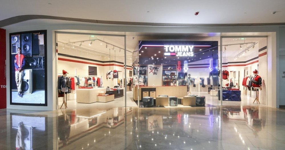 tommy jeans st0re concept