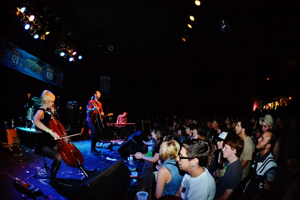 Murder By Death crowd.JPG