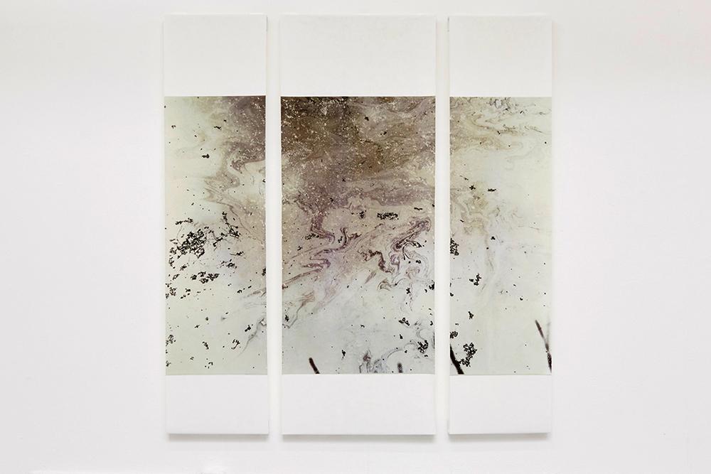 floorr magazine contemporary art artist interviews