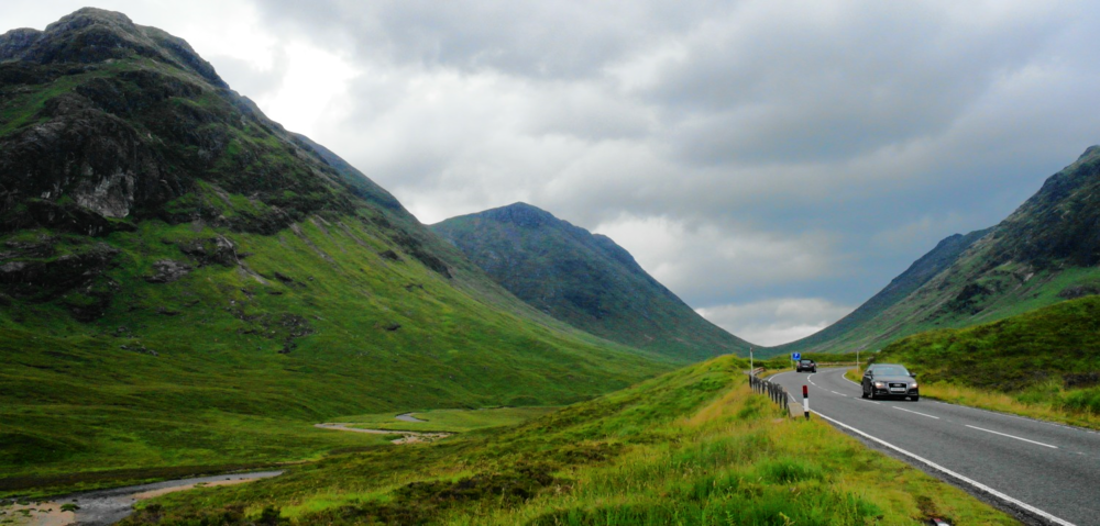 Entering Glencoe, heading west.