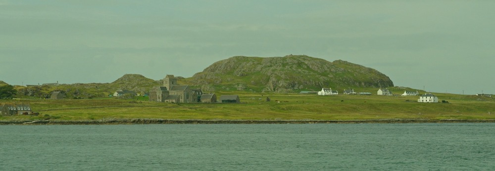 Iona Abbey, from the ferry. Dun I behind.