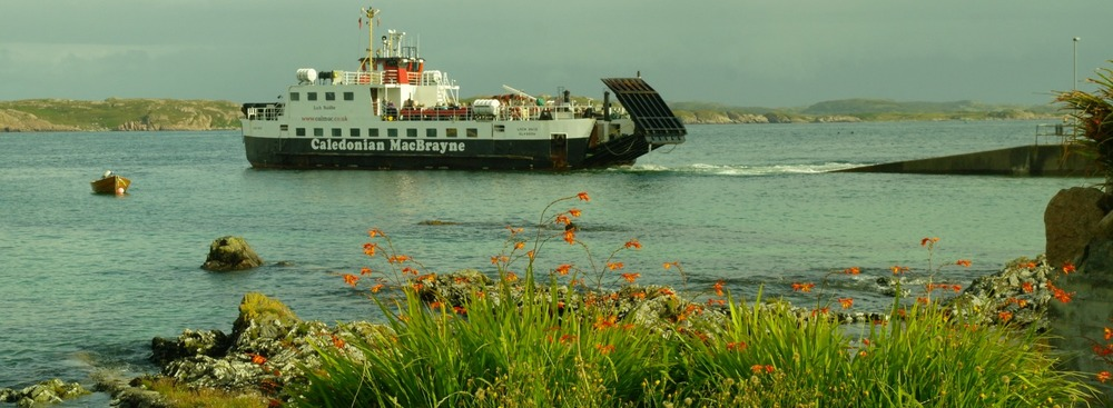 Island of Iona, ferry leaving for Fionnphort, Mull