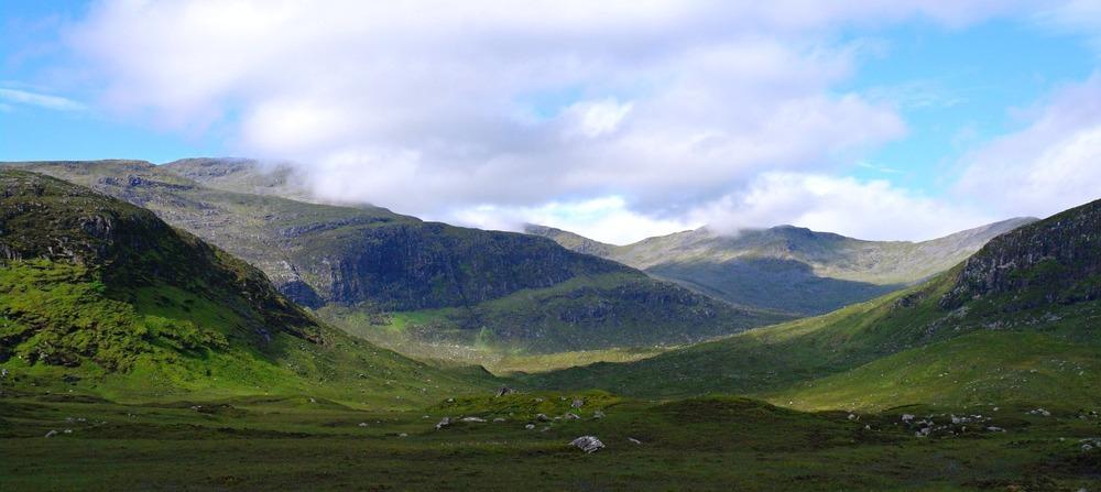 Harris hills