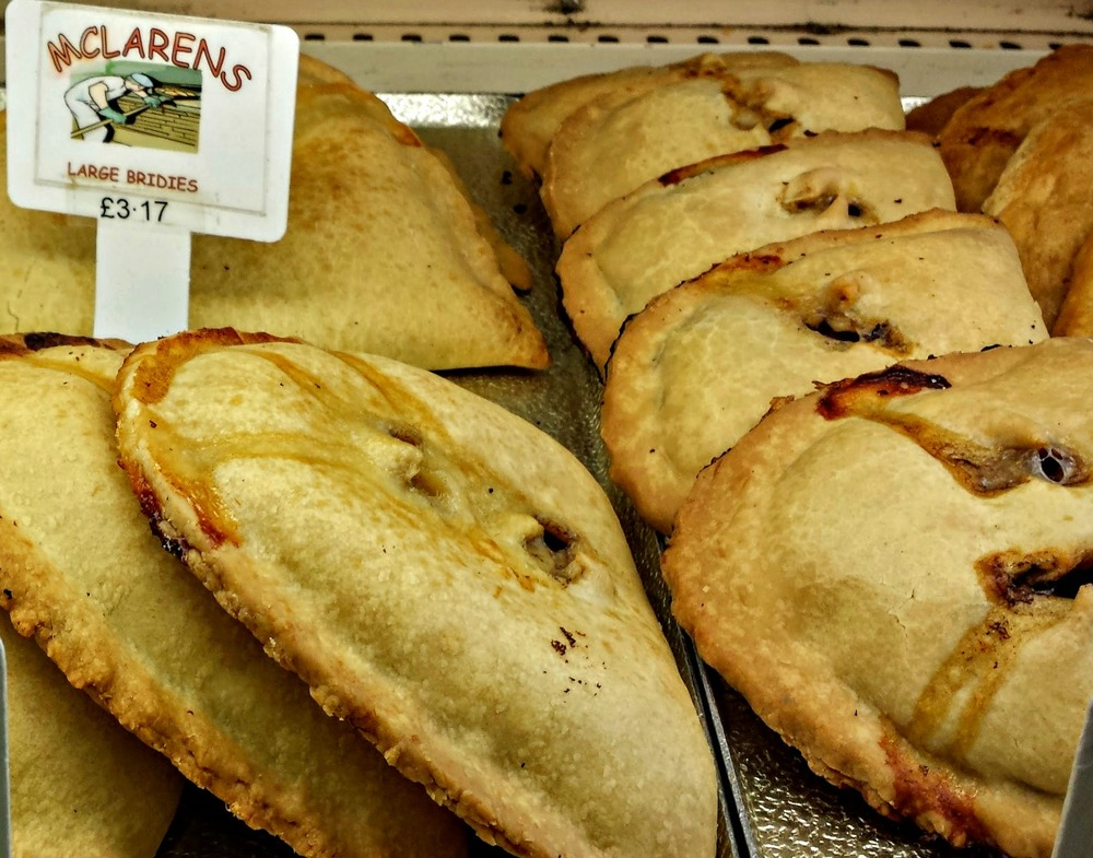 a forfar bridie - shortcrust pastry filled with minced beef and onion - yum!