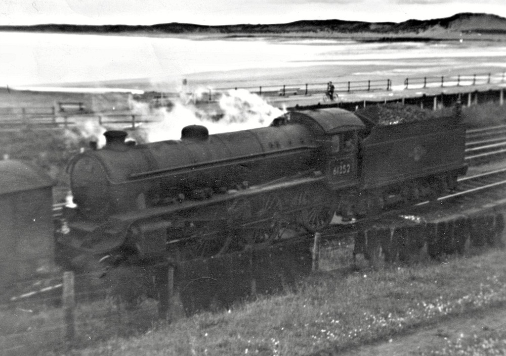Scottish steam – Class B1 61352 shunting at Fraserburgh, c. 1960