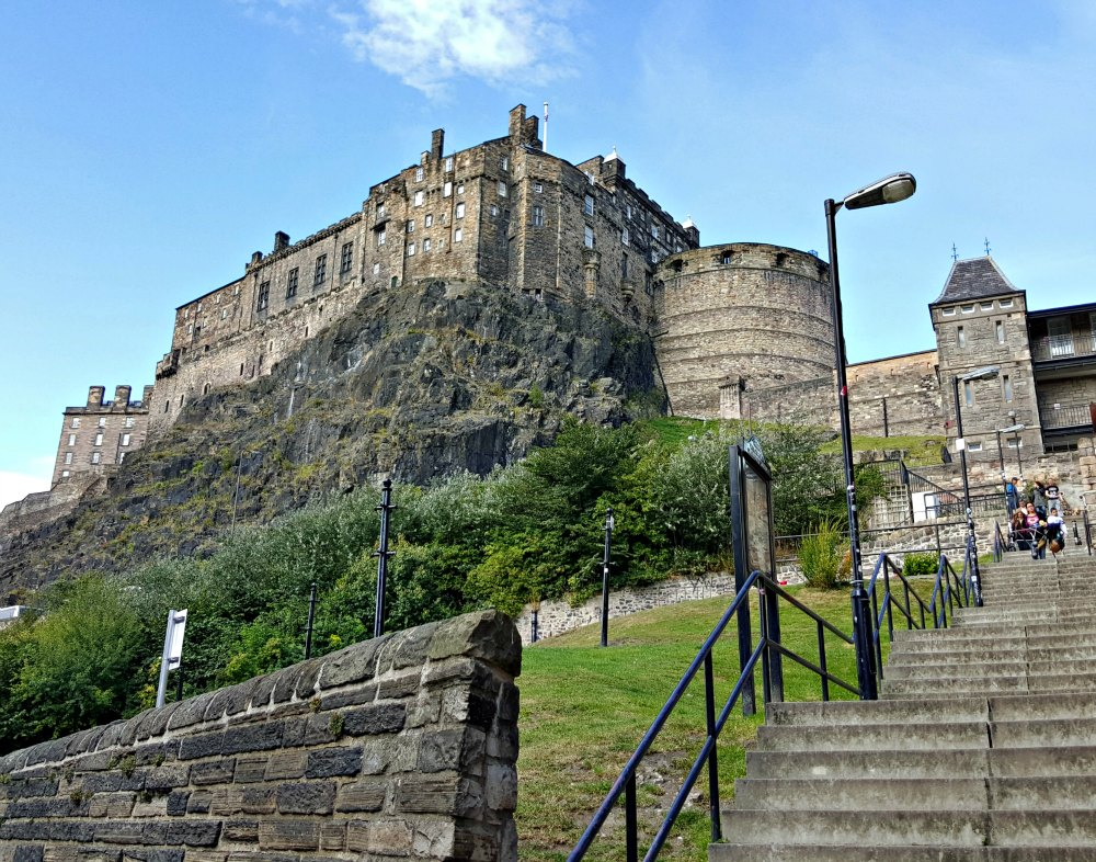 Looking up at Edinburgh Castle from the Grassmarket.