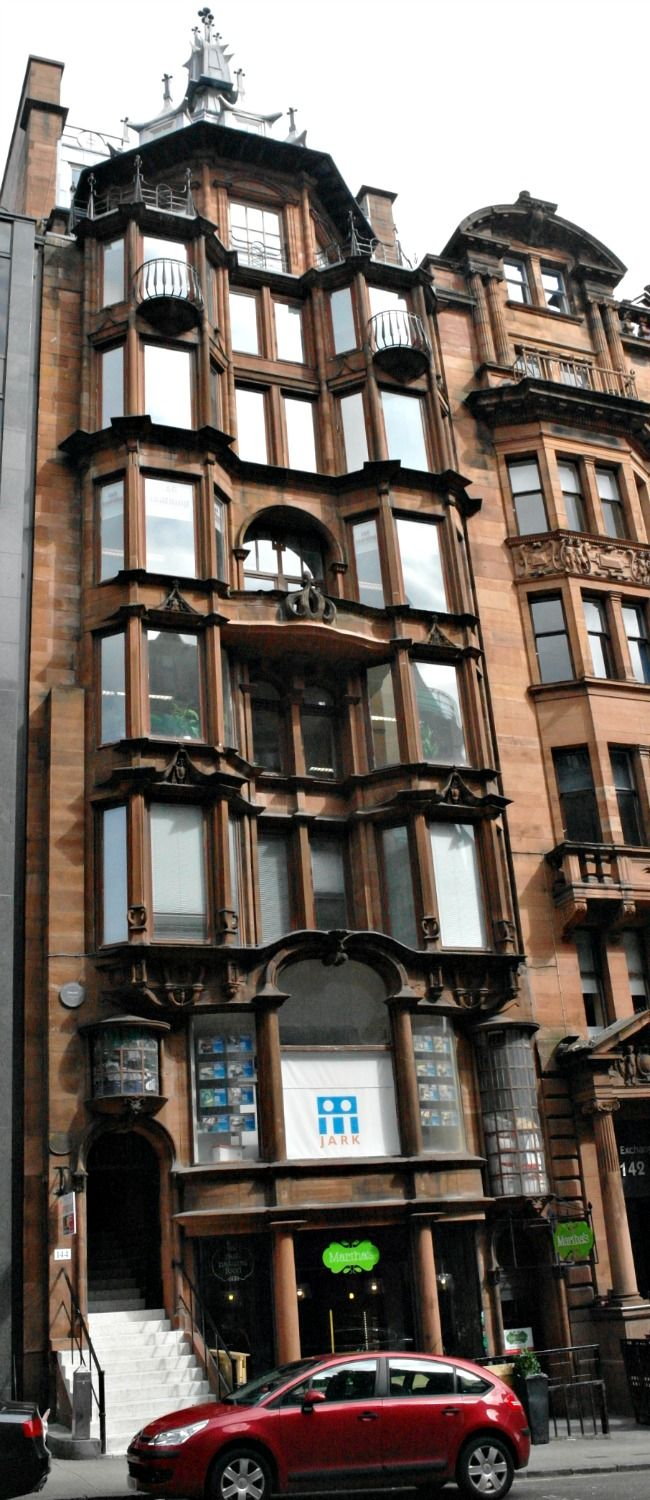Ten storeys high but only three narrow bays wide, with lots of design features to allow maximum light in, the detailing shows Art Nouveau influence. This is 'The Hatrack' at 142-144 St Vincent Street.