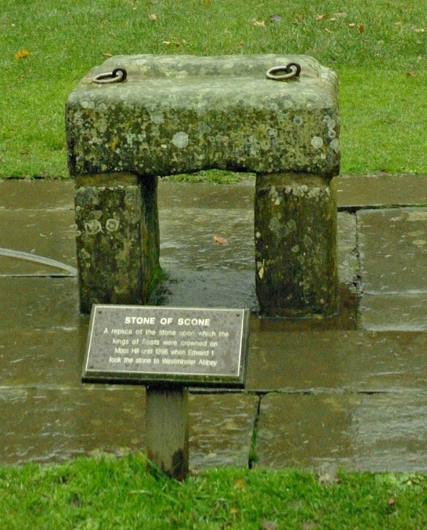 Stone of Scone lookalike, at Scone.
