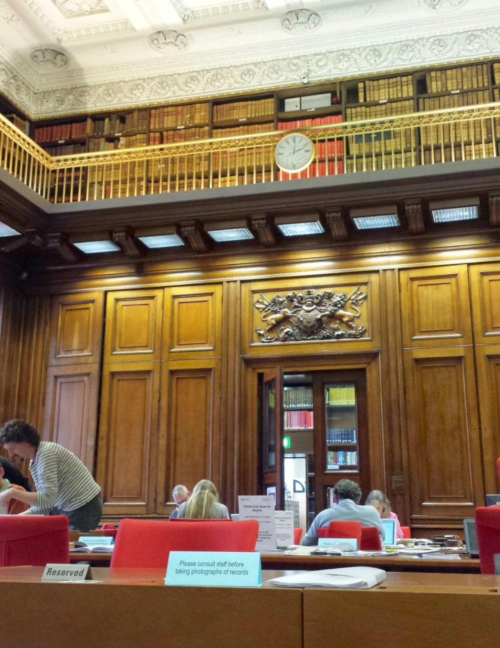 The ScotlandsPeople Centre is the official government resource for family history research. It is located in central Edinburgh with search rooms in General Register House and New Register House. This shows one of the search rooms in General Register House.