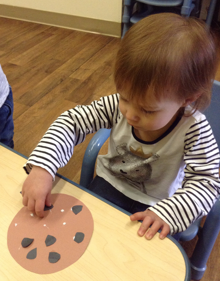 Students created paper replicas of the mouse's cookie. Yum!