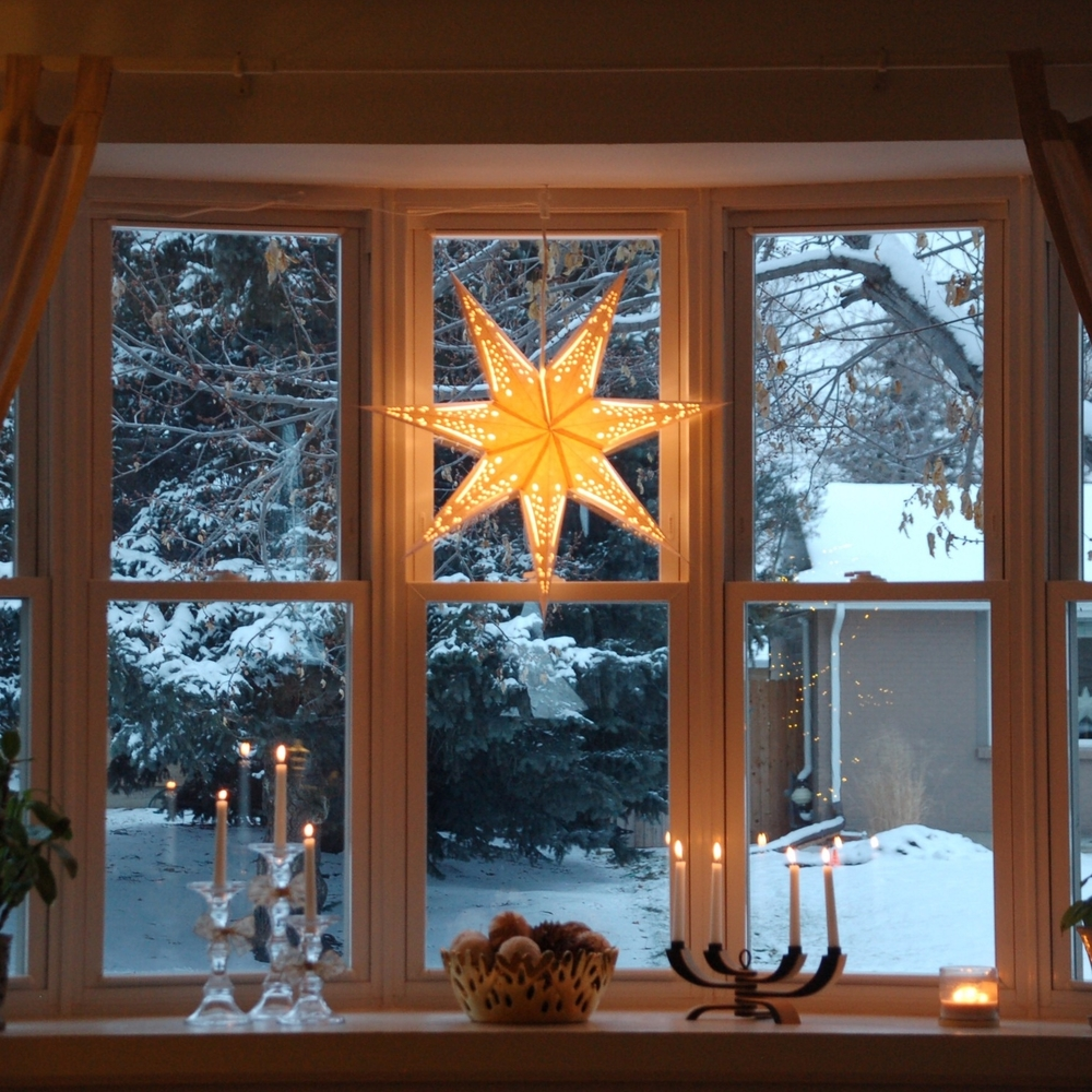 Scandimerican Holiday - Hanging Advent Star